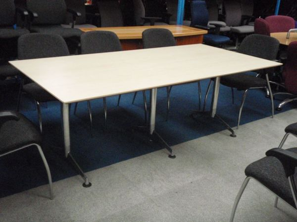 second hand boardroom table 658