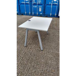 White Desk 1200x800
