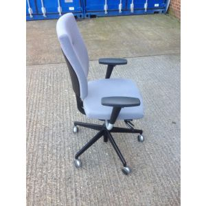 Senator Sprint Operator Chair