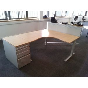 Bene Height Adjustable Workstation & Desk High Pedestal