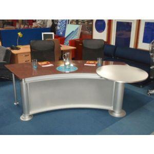 News Reader Style Desk