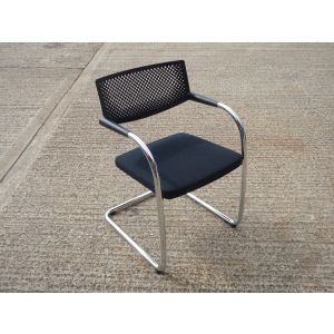 Vitra Visavis Chair