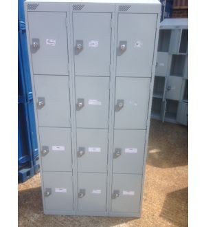 Light Grey 12 Door Lockers