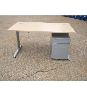 Maple 1400 x 800 Desk with Pedestal