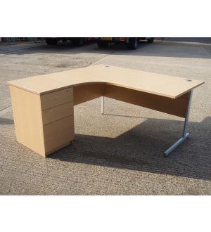 Oak 1600 x 1200 Work Station and Desk High Pedestal