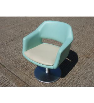 Pedestal Base Tub Chairs