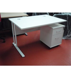 TC 1200 Rectangular Cantilever Workstation & Mobile Pedestal
