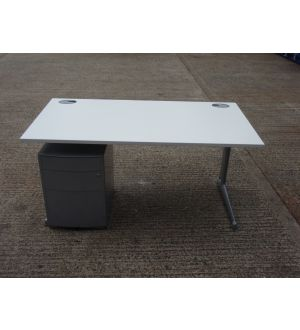 White 1500 x 800 Desk and Pedestal