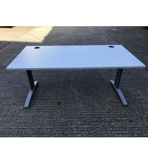 Light Grey 1600 Desk & Pedestal