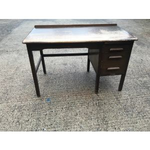 Abbess Teachers Desk