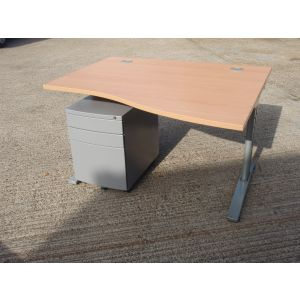 Beech 1200 FT2 Wave Desk with Grey Metal Pedestal