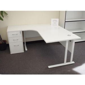 TC Crescent Cantilever 1600 Workstation and Desk High Pedestal