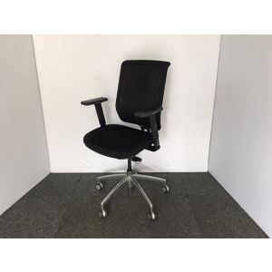Connection Black Operator Chair
