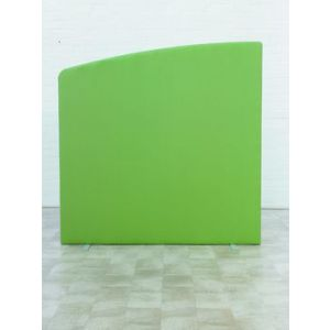 1600 x 1600 Curved Free Standing Screen
