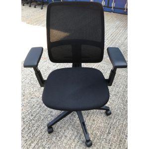 Haworth Comforto 29 Mesh Back Chair