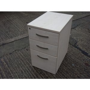 Maple Desk High Pedestal