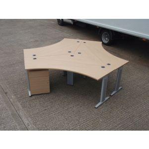Oak Pod of 3 Desks
