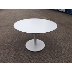 Techno Circular Pedestal Base Table