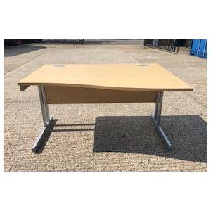 Oak Wave Desk 1400 x 1000 x 800