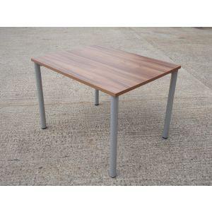 Walnut Table 1000 x 800