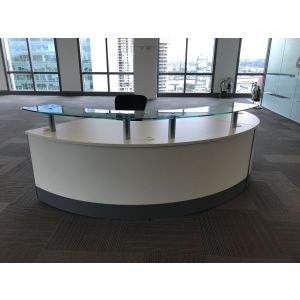 White Curved Reception Desk Unit