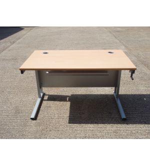1400 Height Adjustable Desk