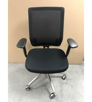 Connection mesh Operator Chair