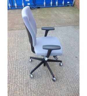 Senator Sprint Operator Chair