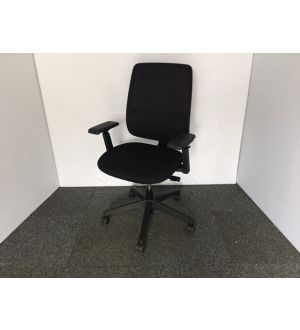 Haworth Comforto 29 Operator Chair