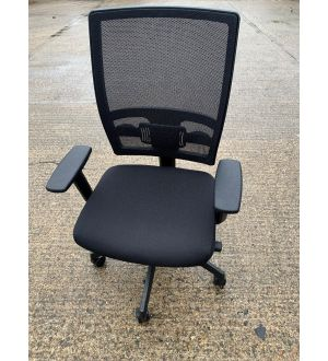 Highback Mesh Operator Chair