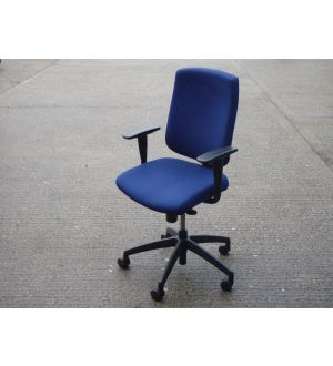 Senator Torasen Flash Chair
