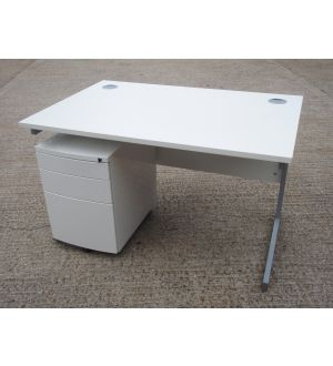 Verco 1200 x 800 Desk and Pedestal