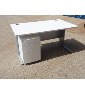 White 1400 x 800 Desk and Mobile Pedestal