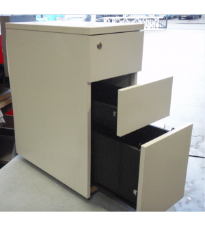 White Desk High Pedestal